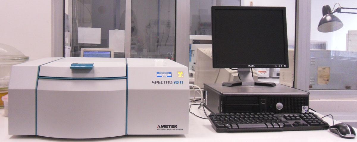 Fluorescenza a raggi X SPECRTO IQ II per determinare la composizione elementare di materiali solidi e liquidi